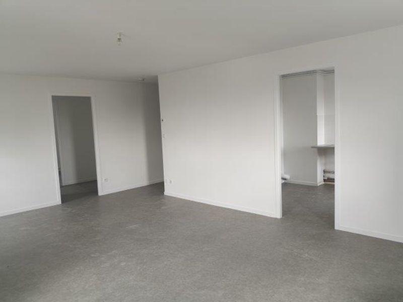 Location appartement Saint-christo-en-jarez 581€ CC - Photo 2