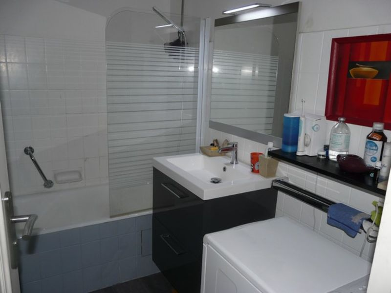 Vente appartement Saint-genest-lerpt 109000€ - Photo 5