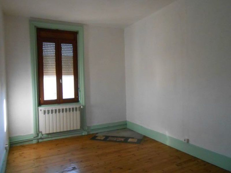 Location appartement Sury-le-comtal 353€ CC - Photo 3