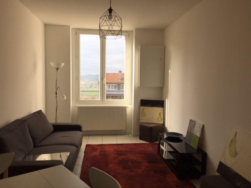 Location appartement Saint-genest-lerpt 595€ CC - Photo 1