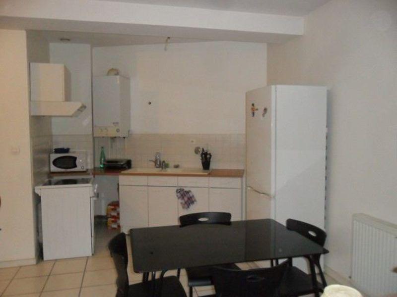 Location appartement Saint-genest-lerpt 595€ CC - Photo 2