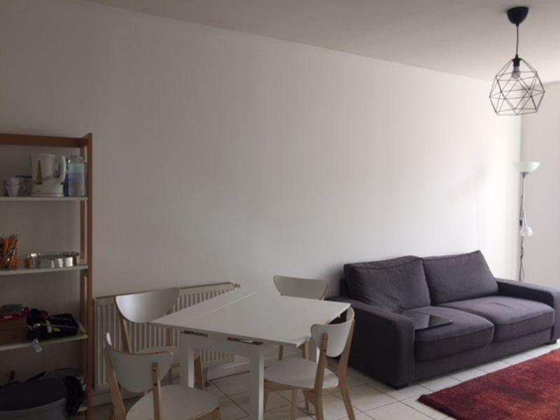 Location appartement Saint-genest-lerpt 595€ CC - Photo 3
