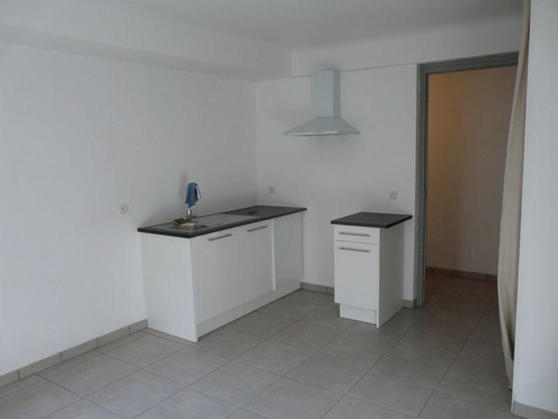 Location appartement Roche-la-moliere 380€ CC - Photo 2