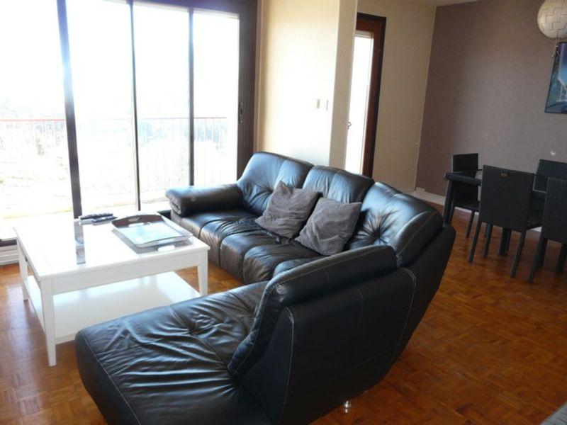 Vente appartement Roche-la-moliere 119000€ - Photo 2