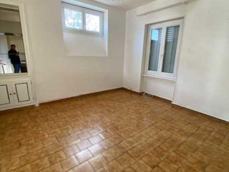 Location appartement Montrond-les-bains 435€ CC - Photo 4