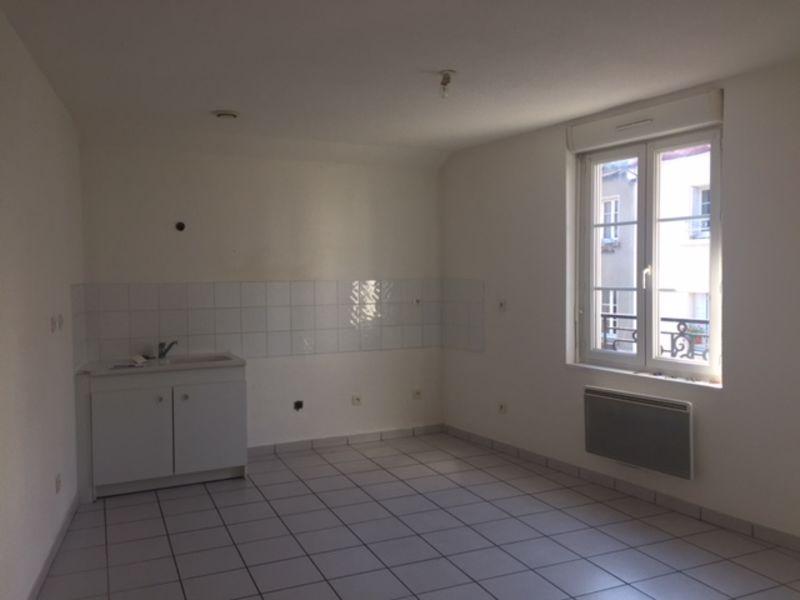 Location appartement Saint-didier-en-velay 386€ CC - Photo 1
