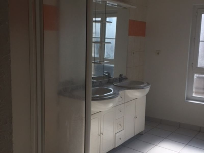 Location appartement Saint-didier-en-velay 386€ CC - Photo 5