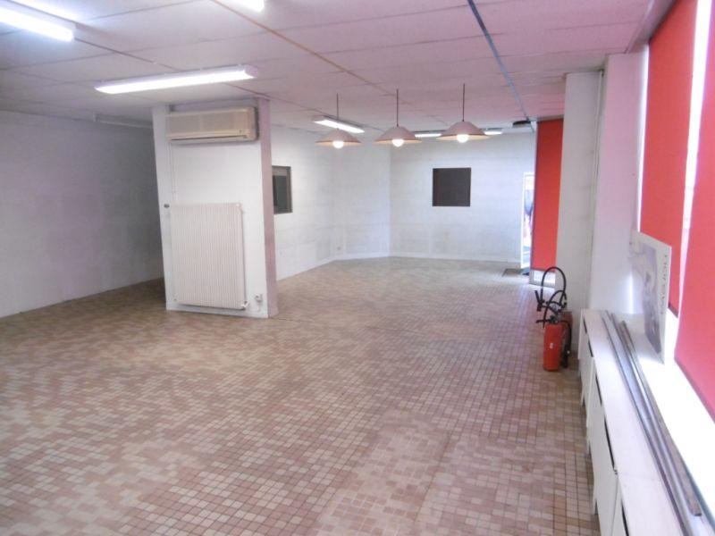 Sale house / villa Change 236250€ - Picture 3