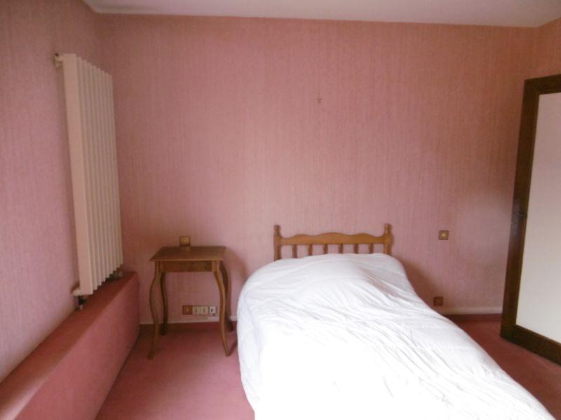 Sale house / villa Change 236250€ - Picture 10