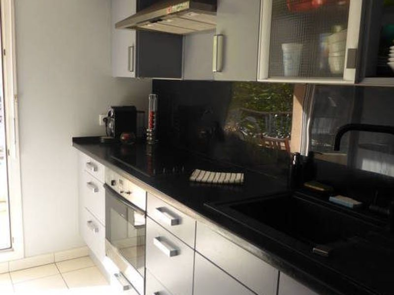 Sale apartment Le plessis-robinson 375000€ - Picture 5
