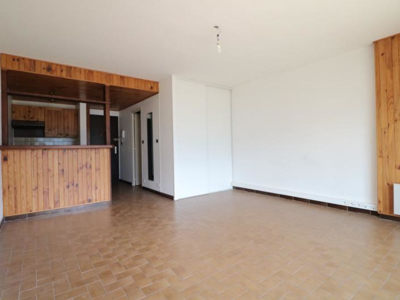 Sale apartment Thyez 80 000€ - Picture 2