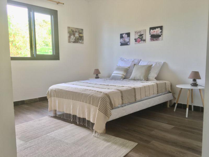 Sale house / villa Bellemene 336000€ - Picture 4