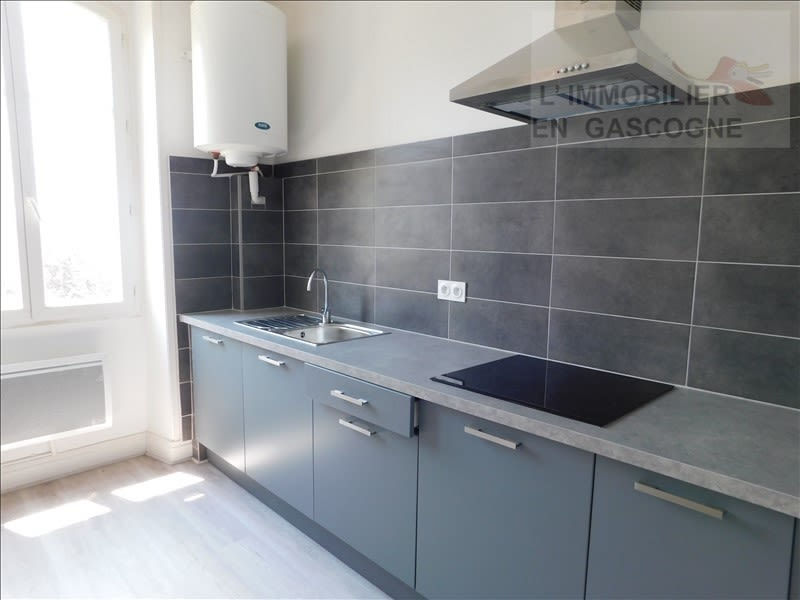 Location appartement Auch 345€ CC - Photo 3