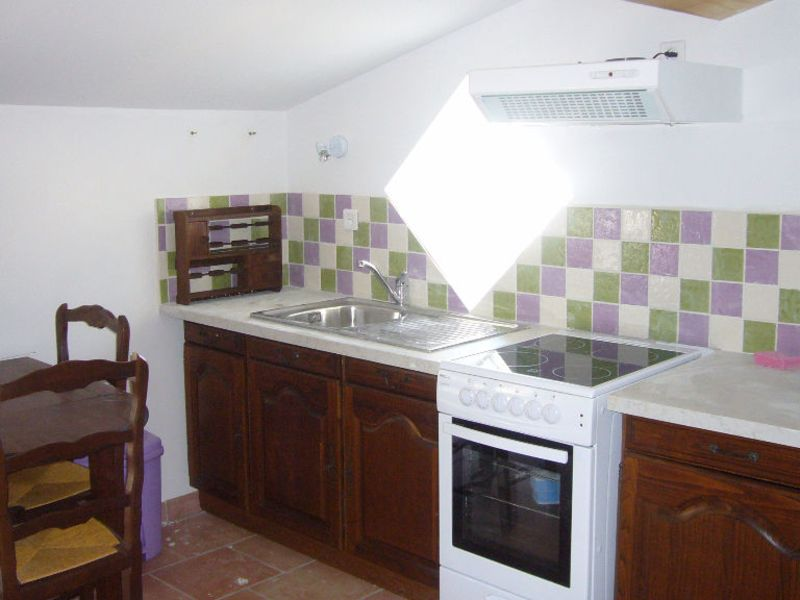 Rental apartment Cenne monesties 353,47€ CC - Picture 1