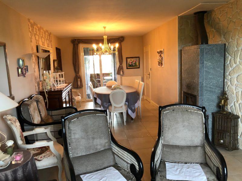 Sale house / villa Jallais 226860€ - Picture 4