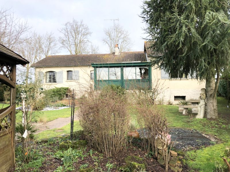 Sale house / villa Jallais 226860€ - Picture 8
