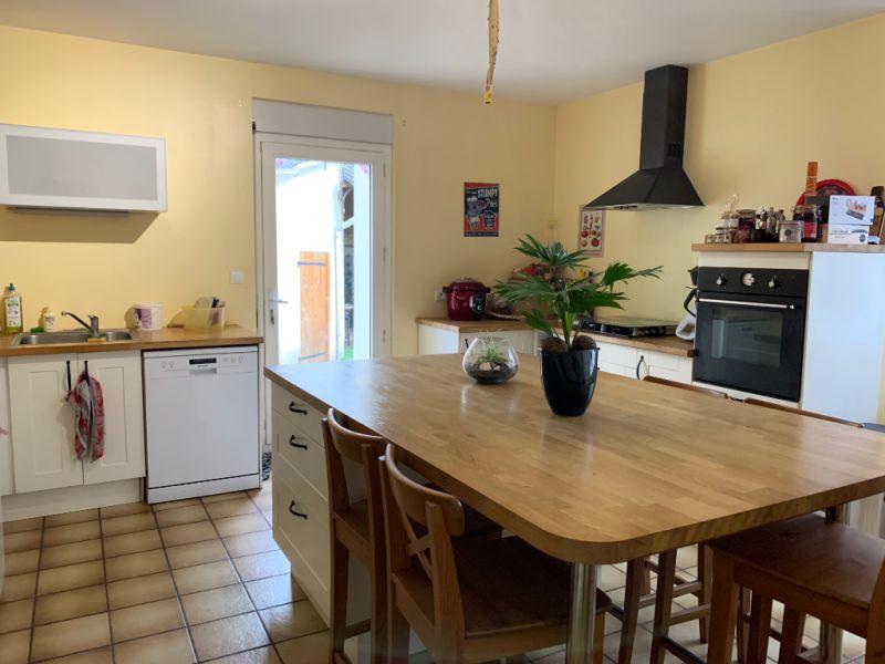 Sale house / villa Le fief sauvin 148600€ - Picture 3
