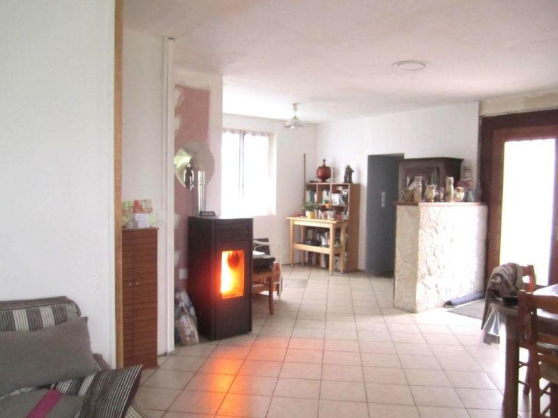 Sale house / villa Touvérac 220000€ - Picture 2