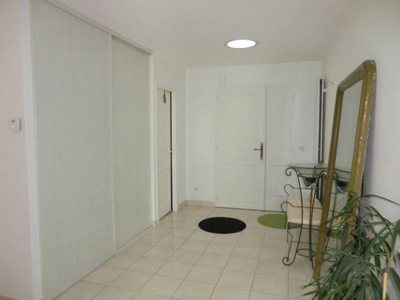 Vente maison / villa Vaux le penil 472500€ - Photo 2
