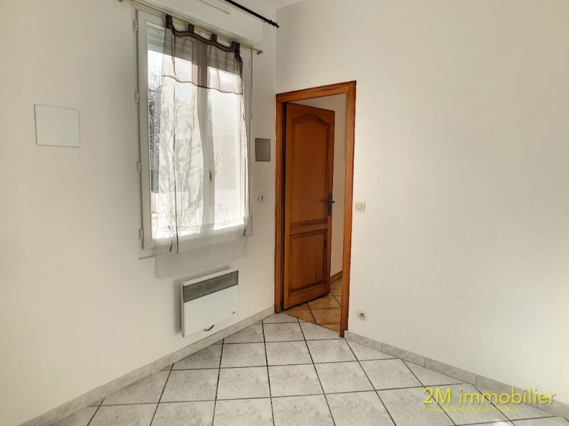 Rental apartment Vaux le penil 595€ CC - Picture 6