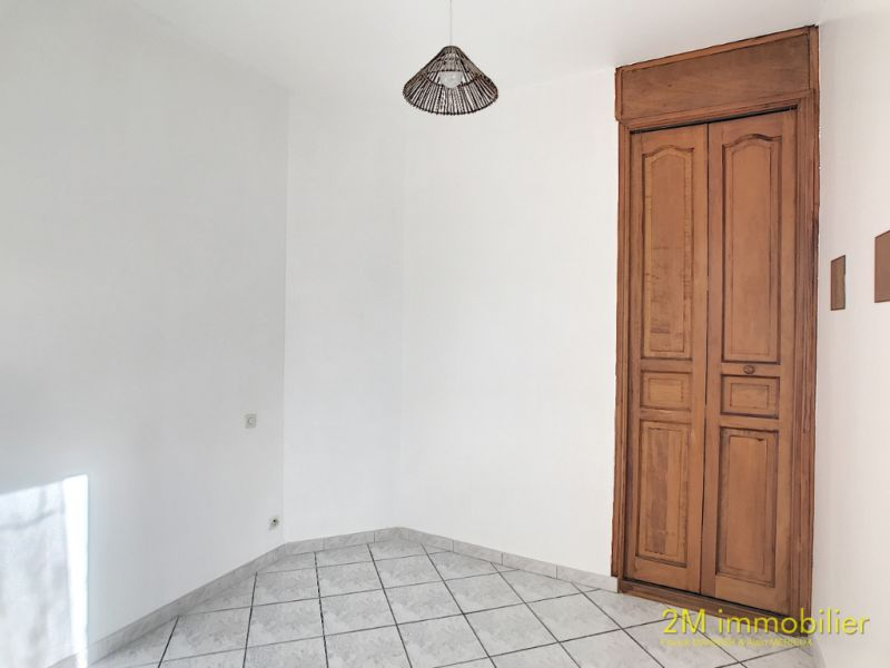 Rental apartment Vaux le penil 595€ CC - Picture 7