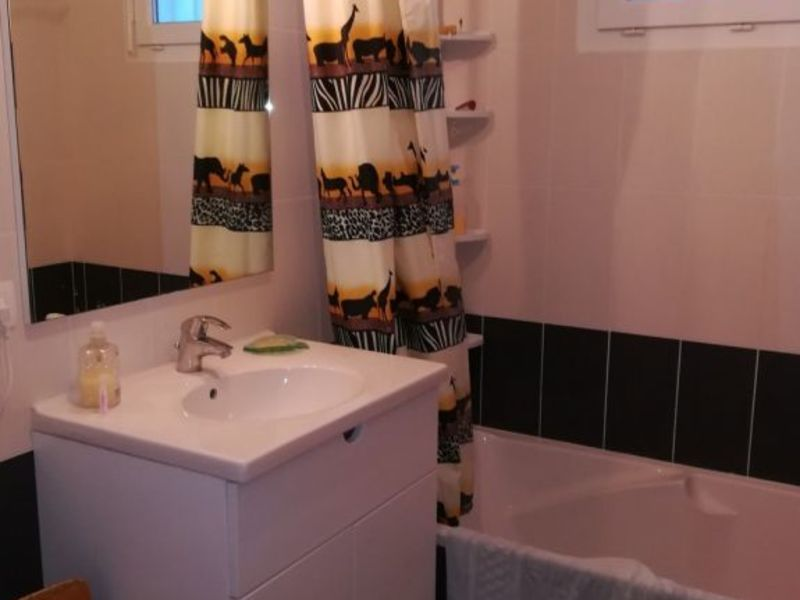 Rental apartment Cuvat 1 207€ CC - Picture 6