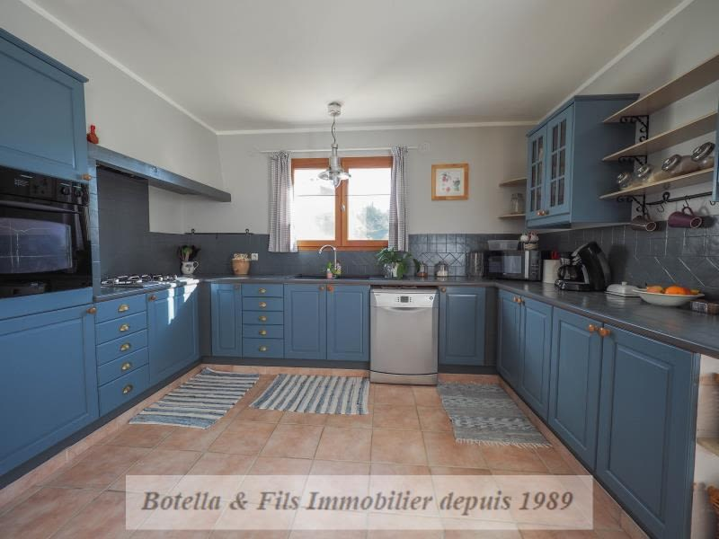 Vente maison / villa Uzes 309 750€ - Photo 4