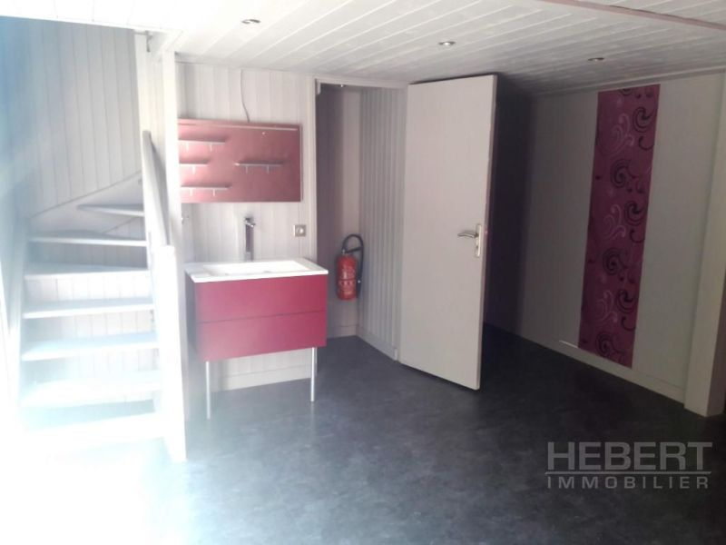 Sale empty room/storage Sallanches 65 000€ - Picture 1