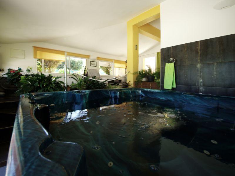 Sale house / villa Villelongue dels monts 567000€ - Picture 11