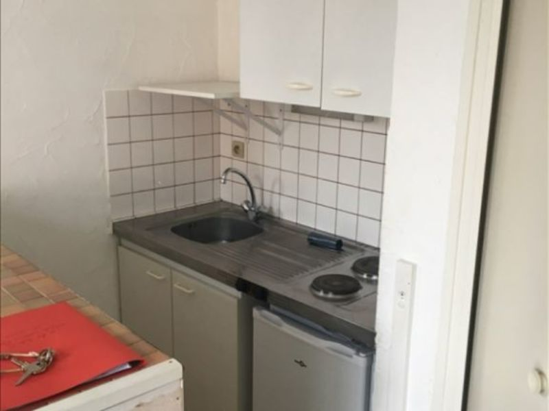 Location appartement Poitiers 298€ CC - Photo 3