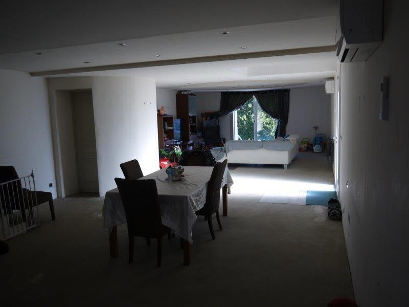 Sale house / villa Lommoye 249000€ - Picture 2