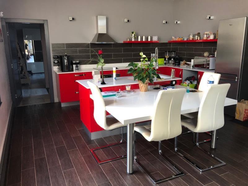 Sale house / villa Montdidier 280000€ - Picture 1