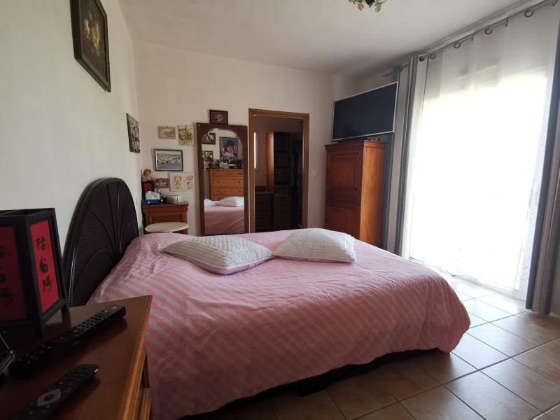 Sale house / villa Vaire 595000€ - Picture 4