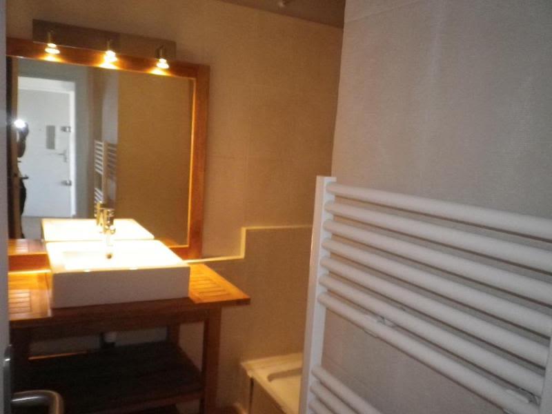 Location appartement Aix en provence 875€ CC - Photo 4