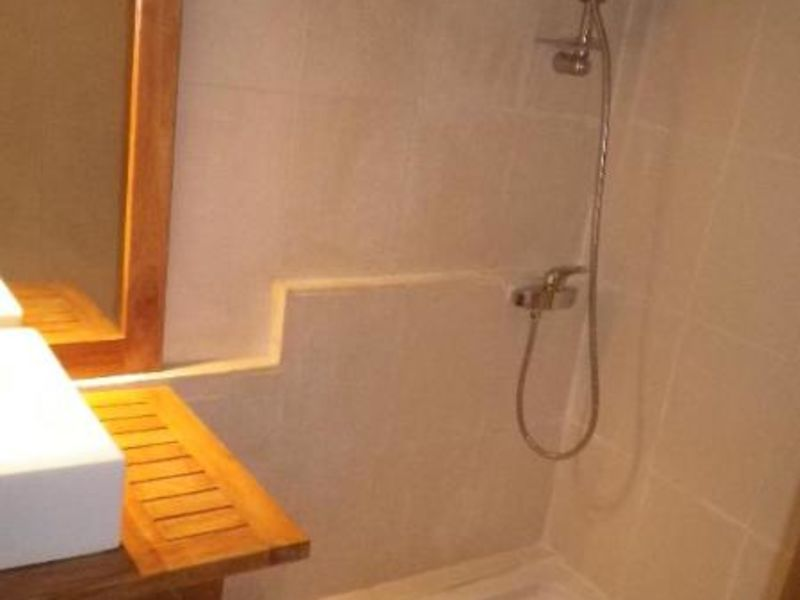 Location appartement Aix en provence 875€ CC - Photo 5