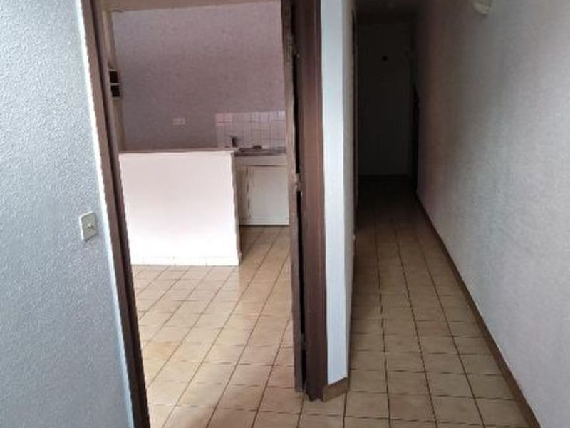 Rental apartment Saint quentin 405€ CC - Picture 12