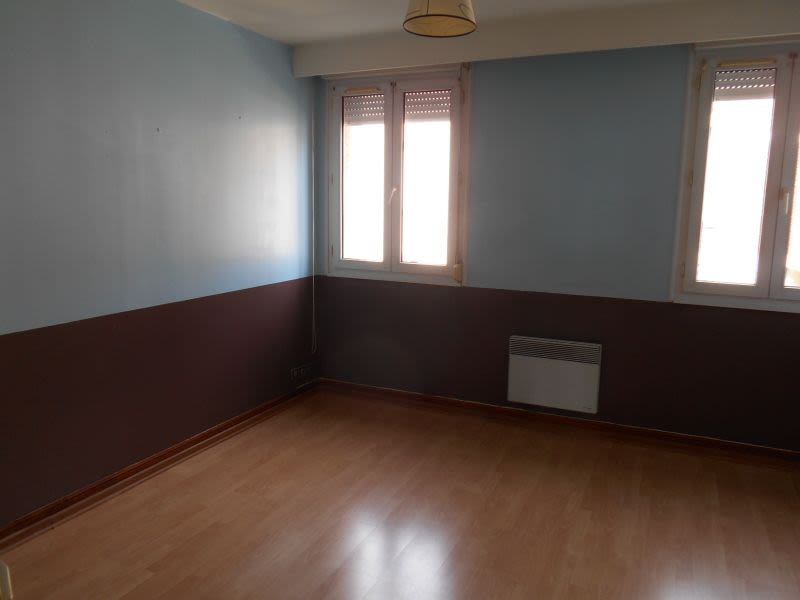 Location appartement Saint quentin 625€ CC - Photo 3