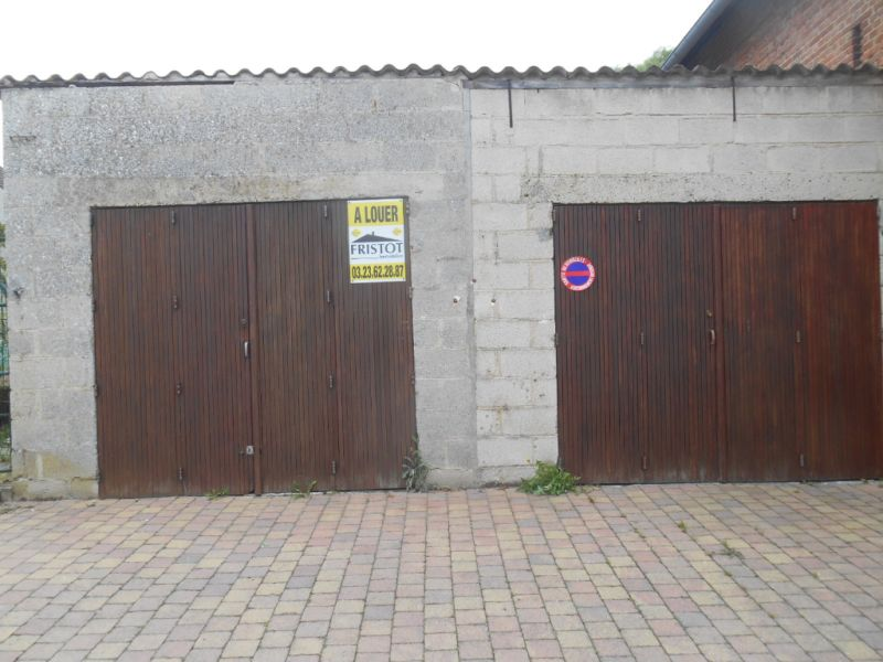 Rental parking spaces Rouvroy 50€ CC - Picture 1