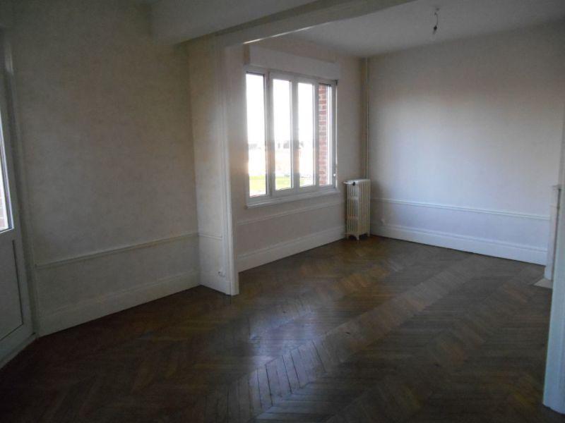 Rental apartment Saint quentin 490€ CC - Picture 1
