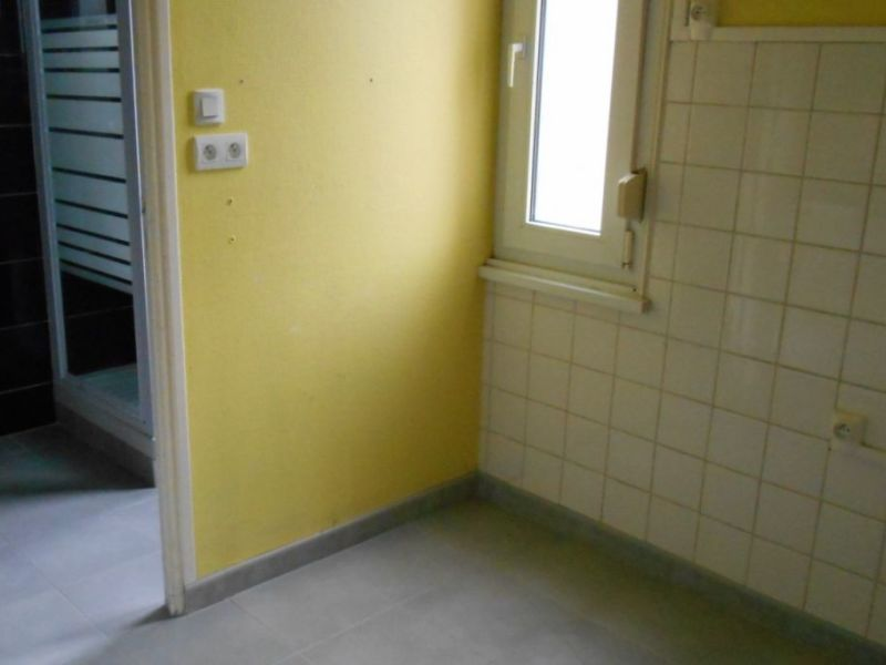 Rental apartment Saint quentin 490€ CC - Picture 4