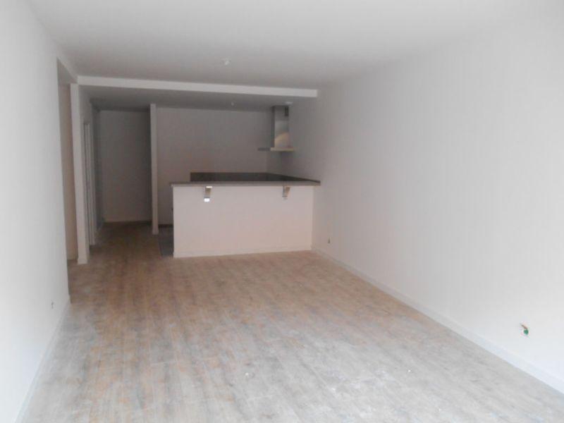 Location appartement Saint quentin 930€ CC - Photo 5