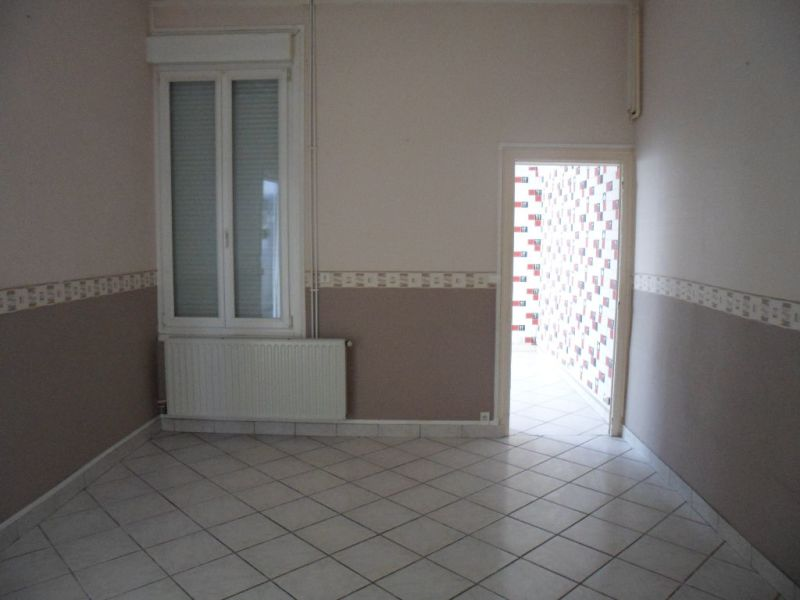 Vente maison / villa Saint quentin 75000€ - Photo 2