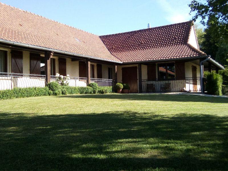 Sale house / villa Mezieres sur oise 306000€ - Picture 1