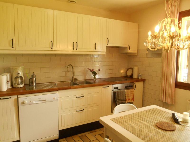 Sale house / villa Mezieres sur oise 306000€ - Picture 3