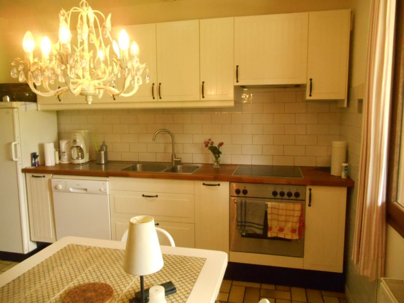 Sale house / villa Mezieres sur oise 306000€ - Picture 7