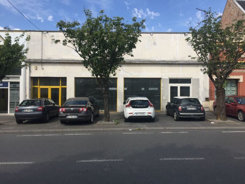 Location local commercial Saint quentin 2500€ HC - Photo 1