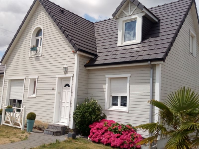 Sale house / villa Grugies 230400€ - Picture 1