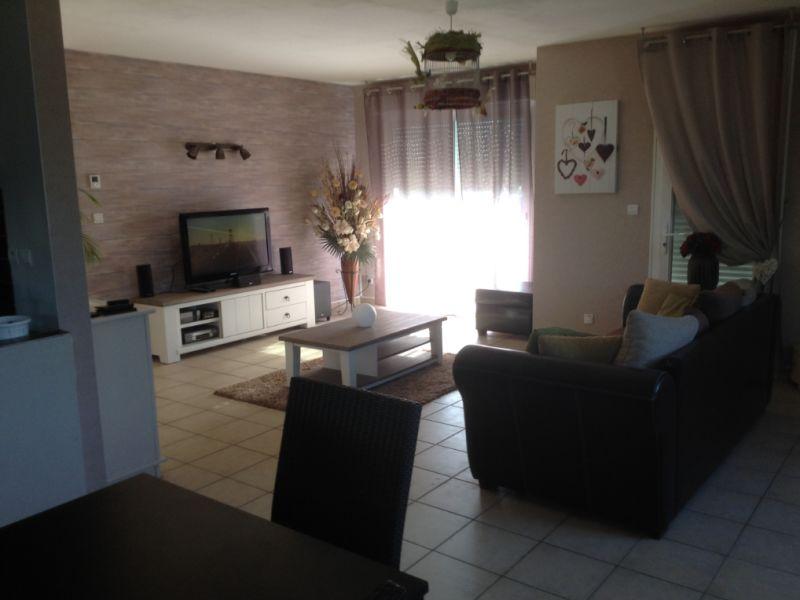 Sale house / villa Grugies 230400€ - Picture 2