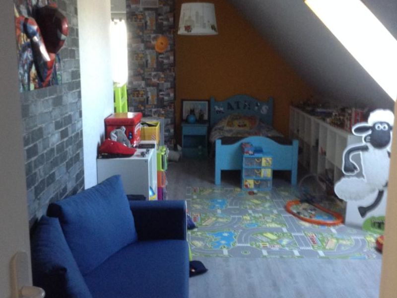 Sale house / villa Grugies 230400€ - Picture 7