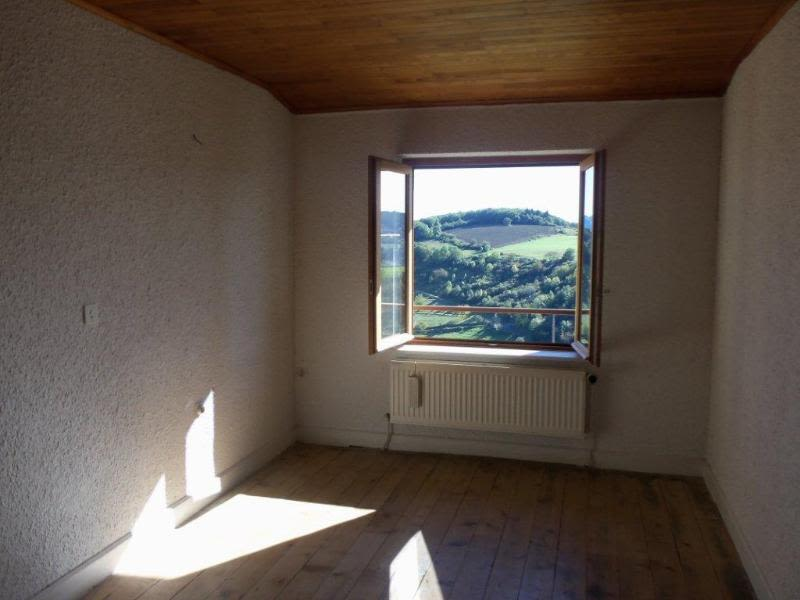 Location maison / villa Saint julien sur bibost 830€ CC - Photo 3